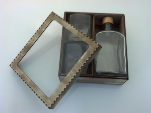 bild whiskybox mit flasche u gravur2 aus der kategorie. Black Bedroom Furniture Sets. Home Design Ideas