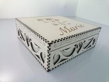 bild dekorative holzbox mit deckel gravur 2 aus der kategorie holz gravuren schachteln boxen. Black Bedroom Furniture Sets. Home Design Ideas